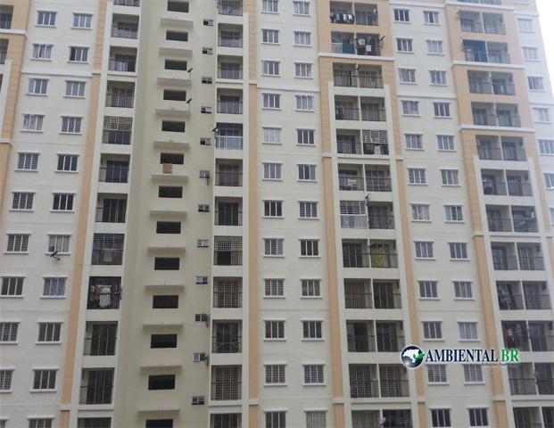 Desentupidora deve fazer limpeza da rede de esgoto de condomínios